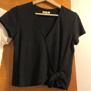 Made well wrap top black